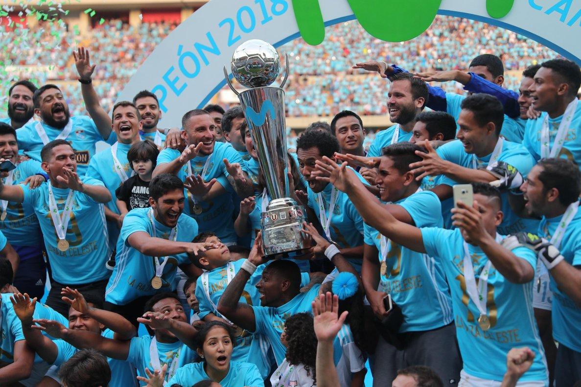 El Sporting Cristal se coronó campeón del Torneo Descentralizado y obtuvo su título 19.