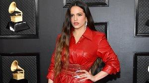 Del cuir vermell de Rosalía al 'look' princesa d'Ariana Grande