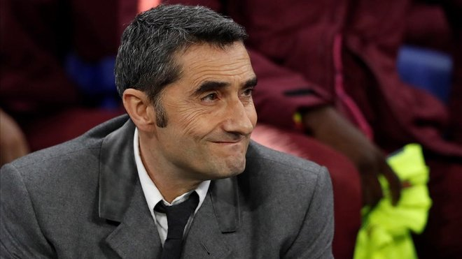 Valverde, en el duelo del Barça en Lyón ante el Olympique.