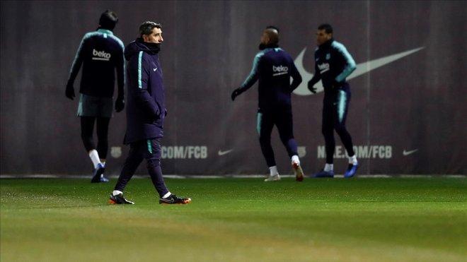 Valverde, en el último entrenamiento del Barça antes de recibir al Leganés en el Camp Nou.