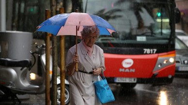 De paraguas y gabardinas