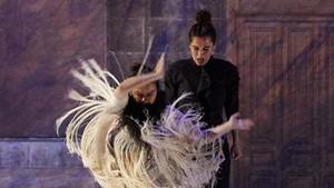 Rocío Molina y Sílvia Pérez Cruz, en una escena de Grito pelao.