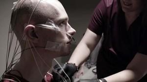 Afflicted, el controvertit documental de Netflix sobre malalties rares, salut mental i pseudociències