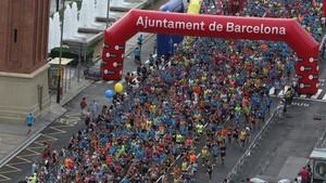 La Síndica de Barcelona avaluarà l'impacte dels envasos de plàstic en les carreres esportives