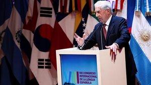 Vargas Llosa, durante su discurso en el Congreso Internacional de la Lengua Española.