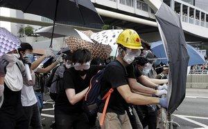 L'economia i la restricció de llibertats a Hong Kong estimulen l'emigració de molts dels seus ciutadans