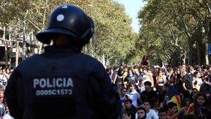 El Govern envia 300 antiavalots més a Catalunya