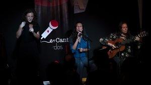 Un momento del concierto de enCantados de 'Las Isabeles'.