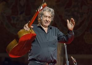 Paco Ibáñez, la voz de los poetas, presenta su último trabajo Vivencias en Barcelona.