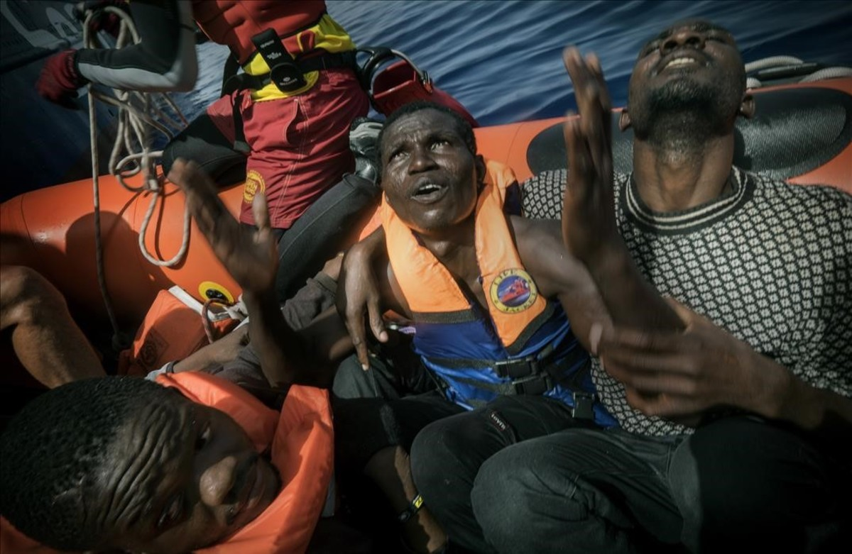 Rescate de refugiados a manos de Proactiva Open Arms.