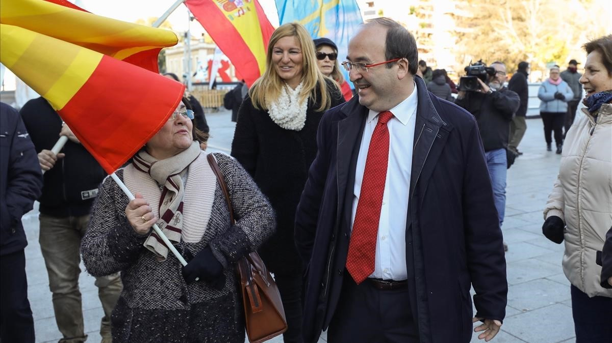 Miquel Iceta en el acto de la Constitución, realizado esta mañana en Rubí.