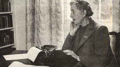 Contra Agatha Christie