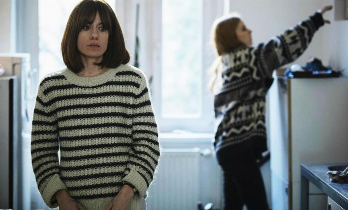 Alexandra Jiménez, en un fotograma de Les distàncies, de Elena Trapé