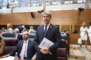 Ángel Garrido, a su llegada a la Asamblea de Madrid.