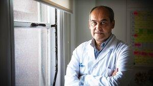 Benito Almirante, jefe de Enfermedades Infecciosas del Hospital Vall d'Hebron, el pasado 26 de mayo.