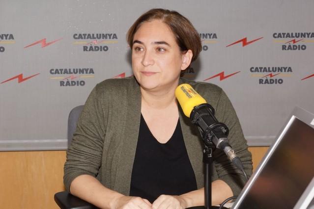 La alcaldesa de Barcelona, Ada Colau, durante la entrevista.