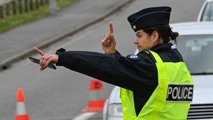 Control policial en Francia cerca de Lille.