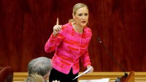 Cristina Cifuentes, en el Pleno de la Asamblea de Madrid, este jueves.