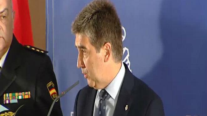 El director de la Policía revela que el inspector jefe de Astorga no tiene relación con el crimen.