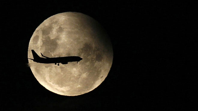 El eclipse de luna parcial será visible desde España. En la imagen, un eclipse de luna parcial del año 2009.