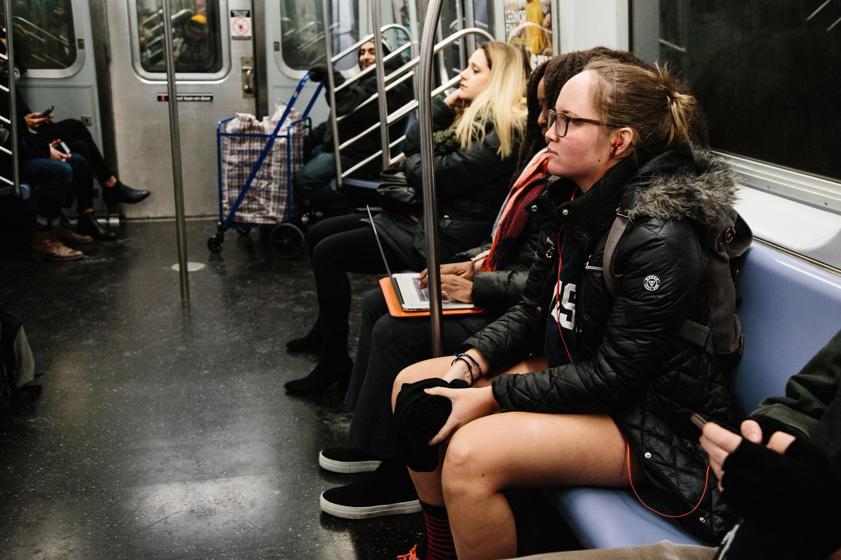 People wearing no pants participate in the  No Pants Subway Ride  in New York  USA  No Pants Subway Ride is an annual global event started in New York  USA in 2002   Estados Unidos  EFE EPA ALBA VIGARAY