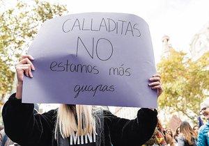 La emisión de discursos de odio contra las mujeres es común en redes.