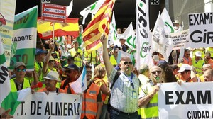 Manifestación de examinadores de tráfico en Madrid.