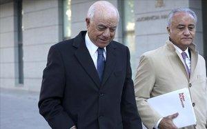 El expresidente de BBVA, Francisco González, a su llegada a la Audiencia Nacional para declarar ante el juez.