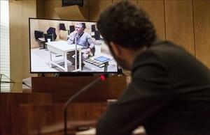 Francisco Granados, exnúmero dos del PP de Madrid, declara por videoconferencia desde la cárcel ante la comisión de investigación de la Asamblea de Madrid sobre el espionaje político en la comunidad.