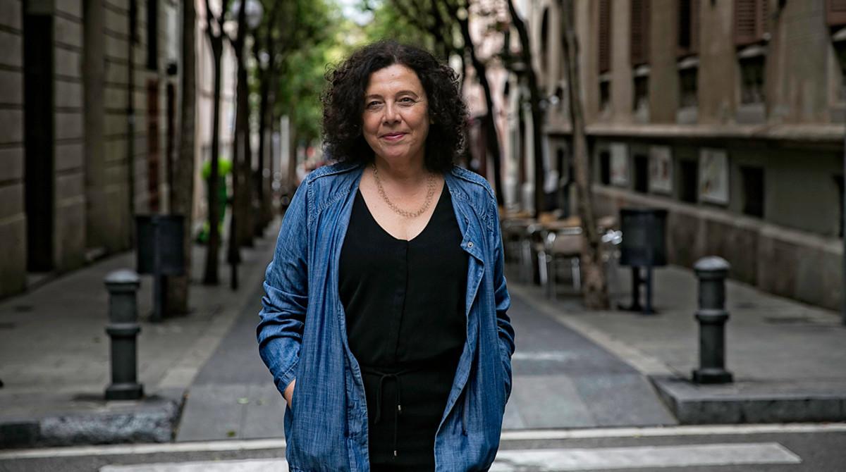 Neus Arqués, autora del libro 'Vive 50', en Barcelona.