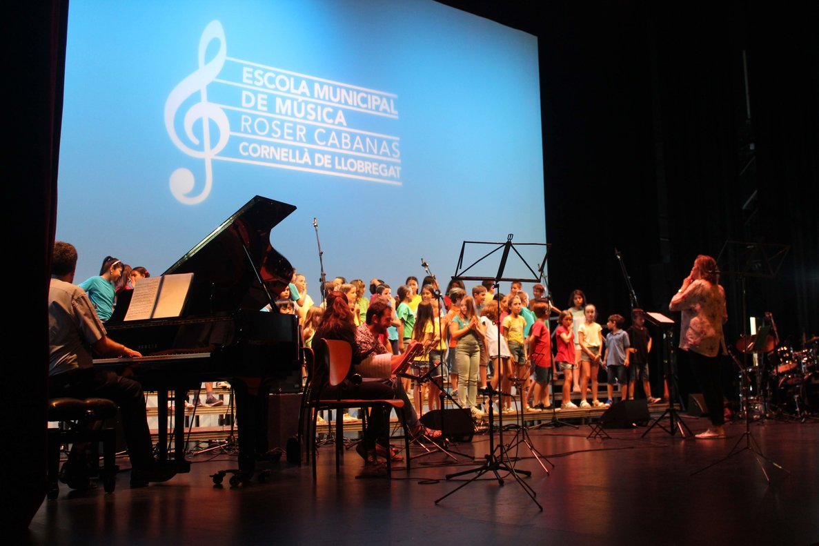 Imagen del concierto de final de curso de la Escuela Municipal de Música Roser Cabanas de Cornellà