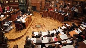 Imagen del pleno del Ayuntamiento de Barcelona.