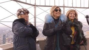 María Teresa Campos y sus hijas, en lo alto de un rascacielos de Nueva York.