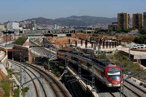 Las vías del tren gestionadas por Adif en La Sagrera.