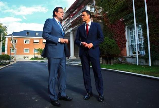 Mariano Rajoy y Pedro Sánchez, en la Moncloa, antes de la reunión que mantuvieron el pasado miércoles.