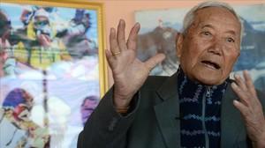 Min Bahadur Sherchan, durante una entrevista en Katmandú.