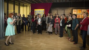 Un momento de la inauguración de la exposición Dissenyeso treballes?, en el Museu del Disseny.