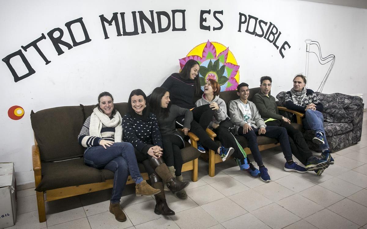 Participantes de la asociación La Rotllana, de Badalona.