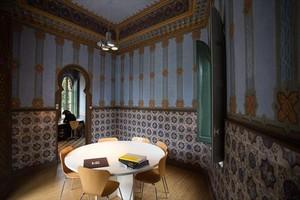 Primera sala del pabellón de la torre de Castañer que forma parte del estudio de arquitectura Dosbasso.