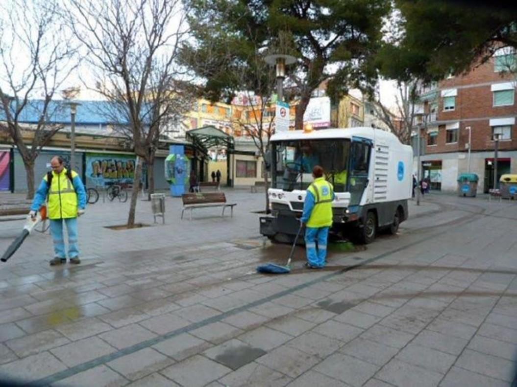 La recogida de basuras y residuos y la limpieza viaria son los dos aspectos peor valorados por la ciudadanía
