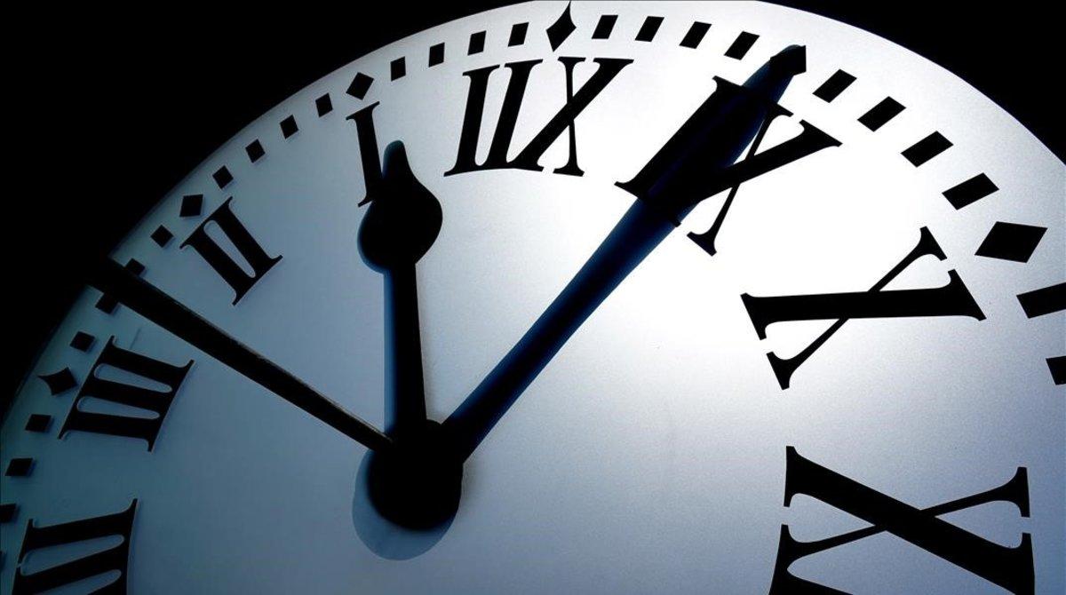 El negocio de las apps que te controlan el horario laboral