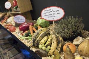 El Parlament es planteja obligar els restaurants a facilitar que el client s'emporti el menjar sobrant