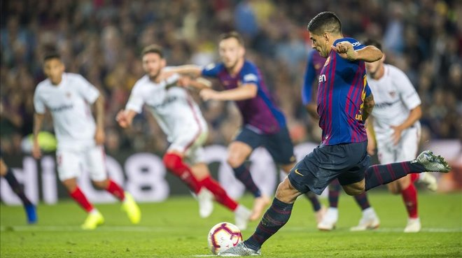 El Barça recupera el liderato pero pierde a su líder