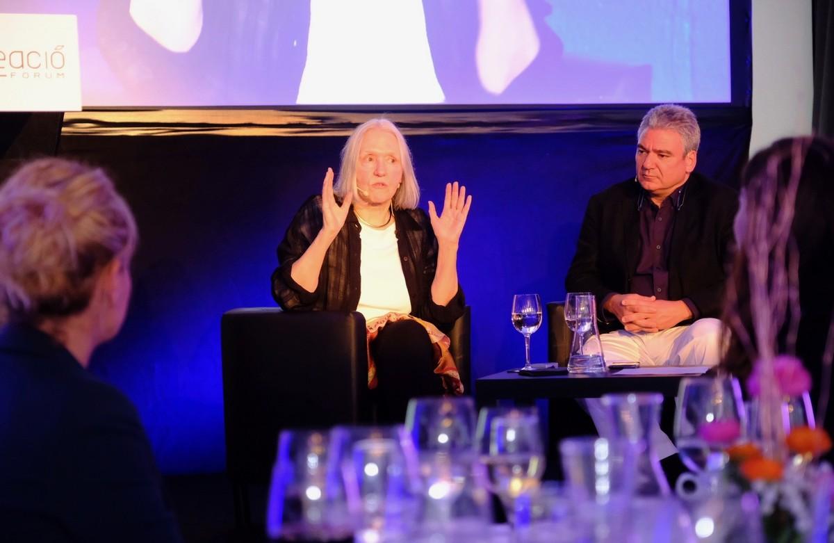 La socióloga Saskia Sassen y el arquitecto Luis Vidal debatieron sobre ciudades y globalización en el Cornellà Creació Fòrum