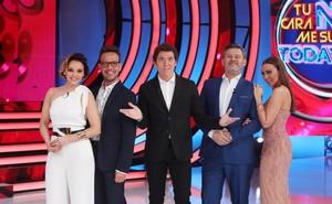 Chenoa, Àngel Llàcer, Manel Fuentes, MikiNadal y Mónica Naranjo, en el plató de Tu cara no me suena todavía (Antena 3).