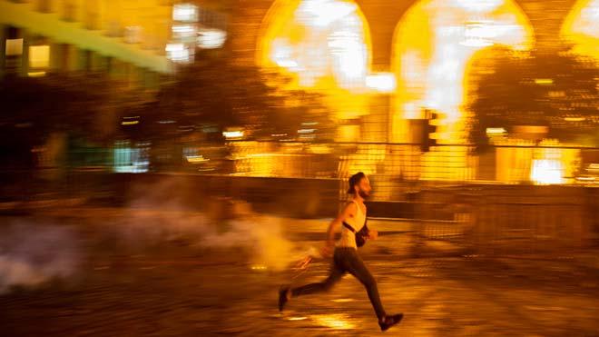Varios heridos en una protesta para pedir la dimisión del Gobierno libanés.