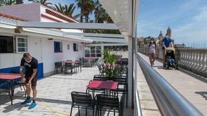 Municipis costaners podran ampliar les terrasses i allargar la temporada de serveis