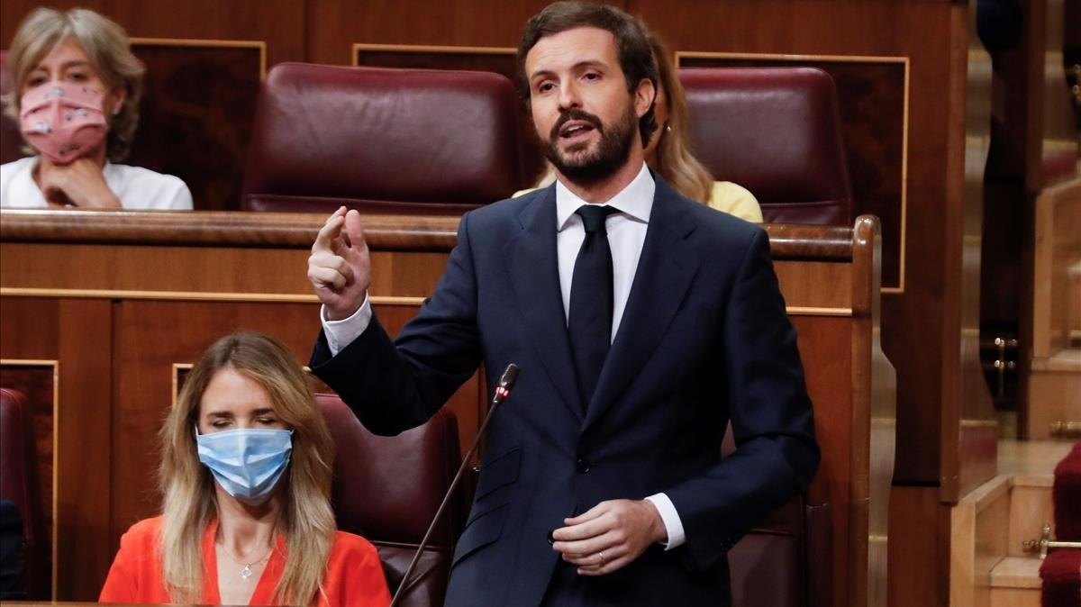 El líder del PP, Pablo Casado, durante su intervención del miércoles en la sesión de control al Ejecutivo en el Congreso.
