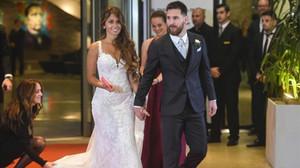 Messi y Antonella, tras la boda.