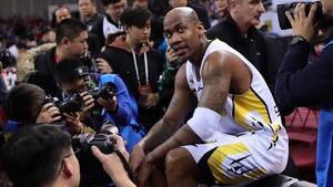 Marbury, en su último partido como jugador profesional del baloncesto.